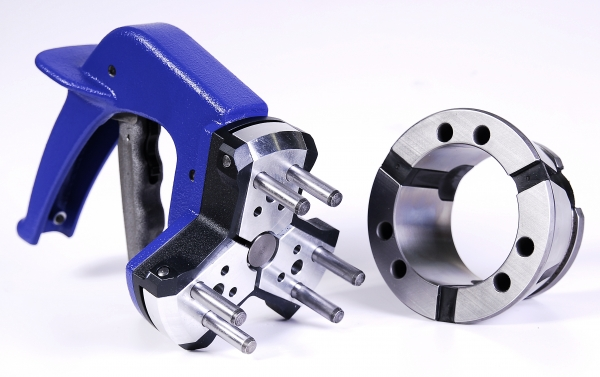 Collet Changing Device